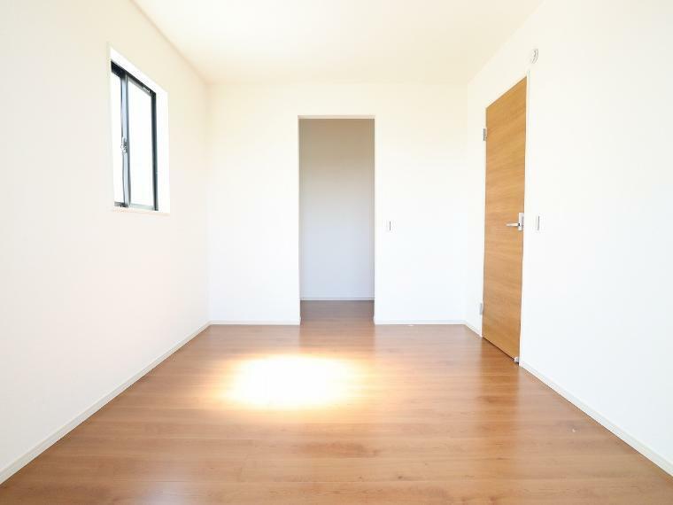 収納 【3号棟】2階洋室WIC
