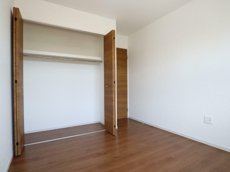収納 【3号棟】2階洋室クローゼット
