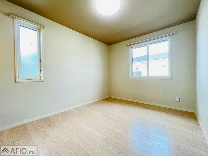 子供部屋 シンプルなお部屋は、それぞれの理想のイメージをかたちにしやすいですよね!