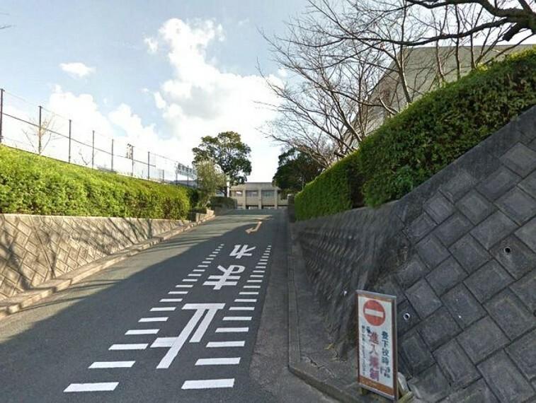 中学校 【中学校】宗像市立河東中学校まで1257m