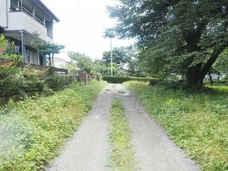 現況写真 上毛電気鉄道上毛線「新里」駅徒歩圏内です。
