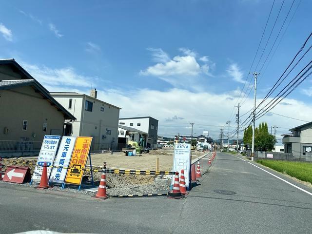 現況写真 前面道路(西向き)