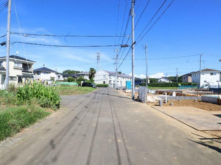 現況写真 【前面道路】北側幅員約6.0m公道