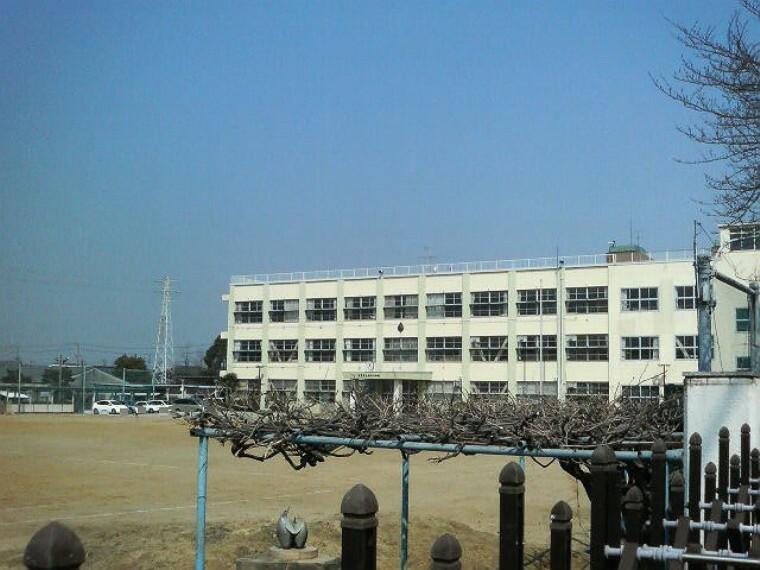 小学校 清須市立新川小学校
