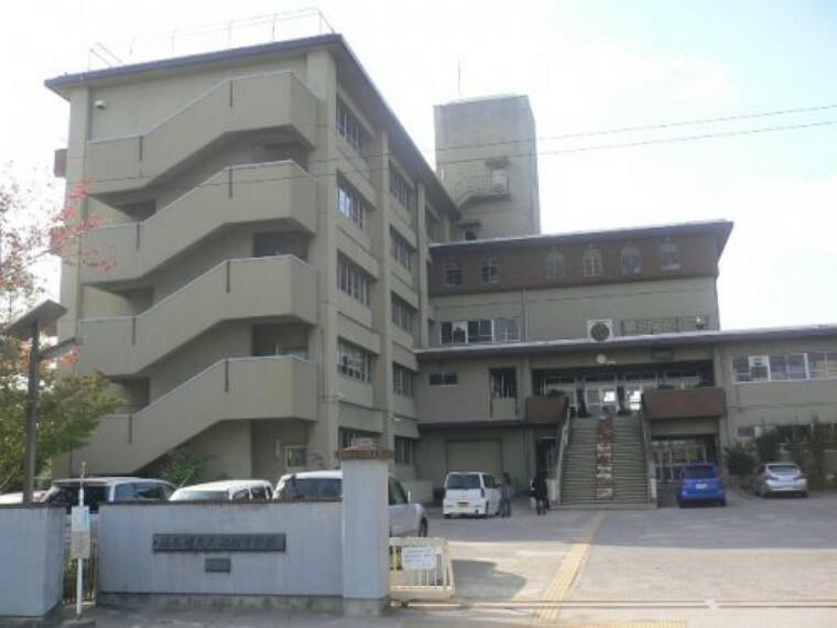 中学校 【中学校】大相模中学校まで560m