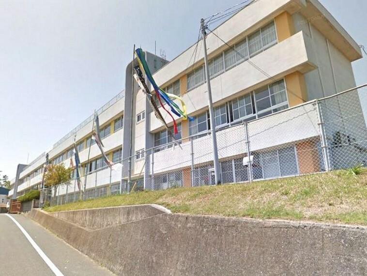 小学校 【小学校】宗像市立玄海東小学校まで471m