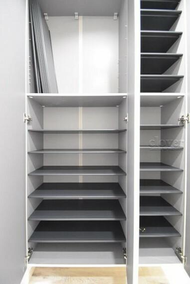玄関 収納量豊富なシューズボックス