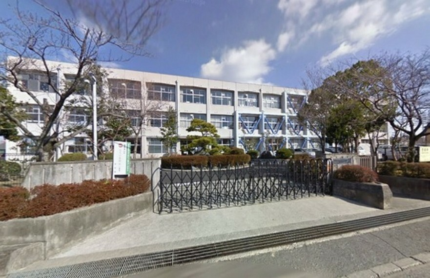 小学校 栗東市立治田西小学校 1975年4月1日開校