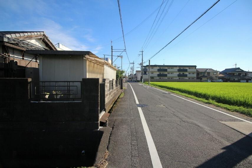 現況写真 約6.0mの北西側前面道路