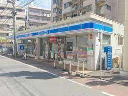 コンビニ ローソン蒲田駅東店 徒歩1分。