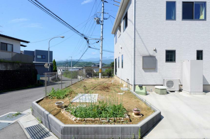庭 ガーデニングや家庭菜園が楽しめるお庭