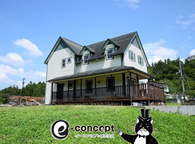 外観写真 まるで赤毛のアンの家! 異国情緒あふれる佇まいです。