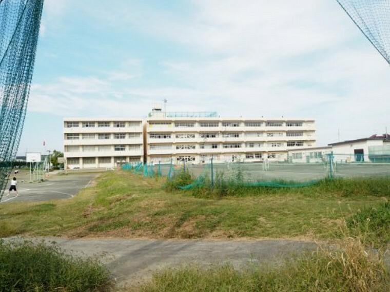 中学校 【中学校】幸手市立西中学校まで933m