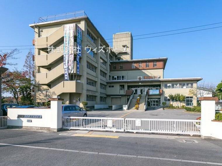 中学校 【中学校】越谷市立大相模中学校まで576m