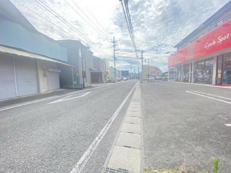 現況写真 【2021/07撮影】前面道路