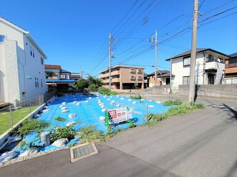 現況写真 奥行きもある土地ですので、駐車場もしっかり確保し、ゆったり家を建てることができます。