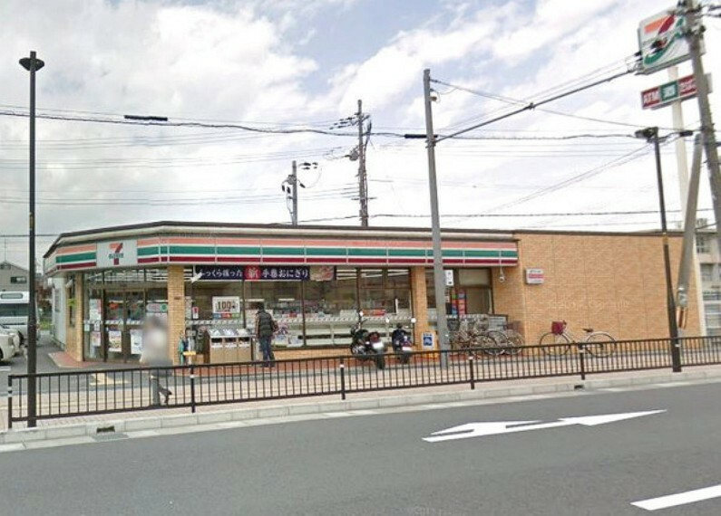 コンビニ セブンイレブン枚方中宮山戸町店