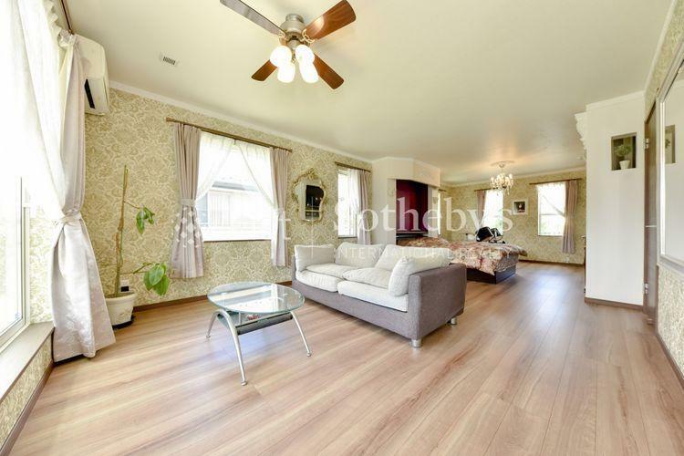 寝室 3面採光により明るく開放的な室内空間を実現