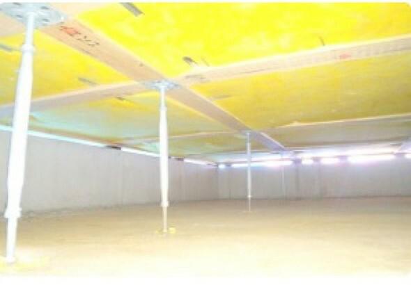 構造・工法・仕様 建物の床を支える「床束」と呼ばれる支持材に、サビやシロアリを寄せ付けない鋼制の床束を採用。従来品に比べ信頼性が高く、安心の強度で頑丈な構造を支えます。