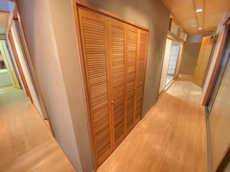 収納 大きな季節の荷物も収納できるのでお部屋をすっきりお使いいただけます。