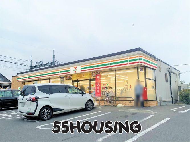 コンビニ セブンイレブン岩槻本丸店 徒歩9分。