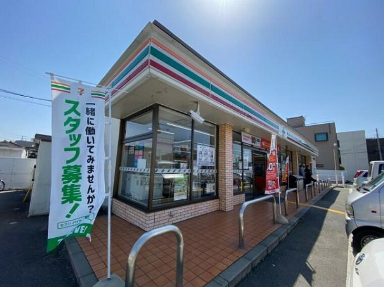 コンビニ セブンイレブン高砂小松原店