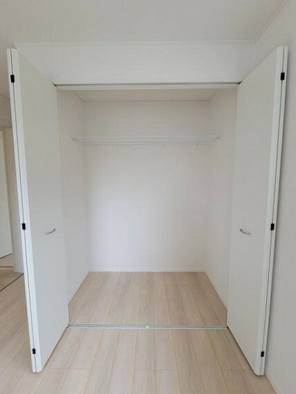 収納 嬉しい各室収納完備です!