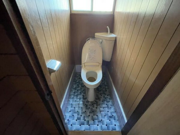 トイレ 【リフォーム前】