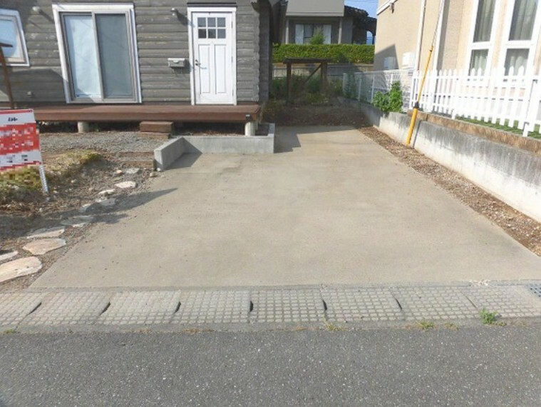 駐車場 駐車スペースございます。
