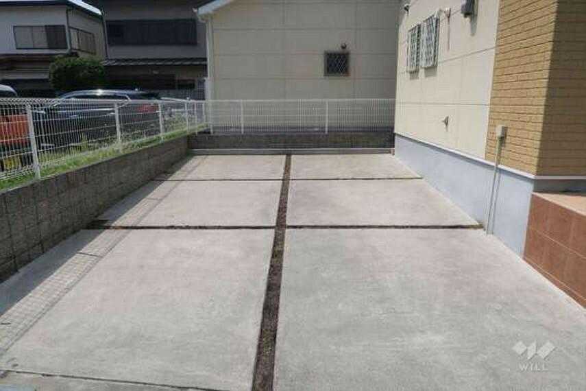 現況写真 物件の駐車スペース[2021年8月1日撮影]