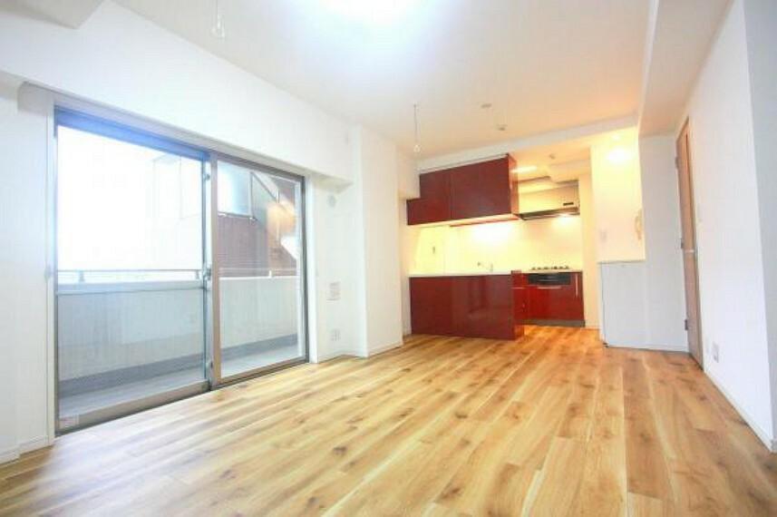 居間・リビング ■新規リフォーム実施に付き綺麗なお部屋で新生活を迎えられます
