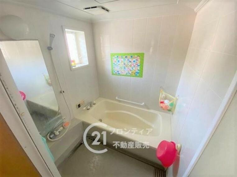 浴室 \リフォーム前の写真です/一日の疲れを癒してくれるバスルームです
