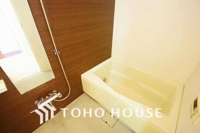 浴室 窓の付いたお風呂は換気もバッチリ~大きなお風呂で足を伸ばしてリラックスタイム