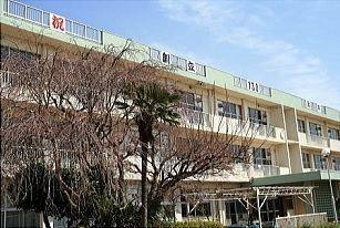 小学校 千葉市立長作小学校 徒歩9分。
