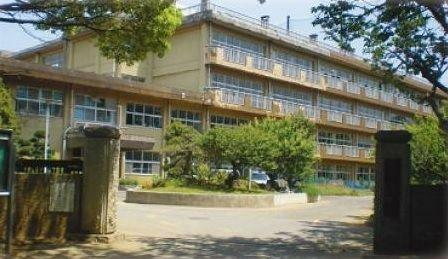 中学校 千葉市立天戸中学校 徒歩16分。