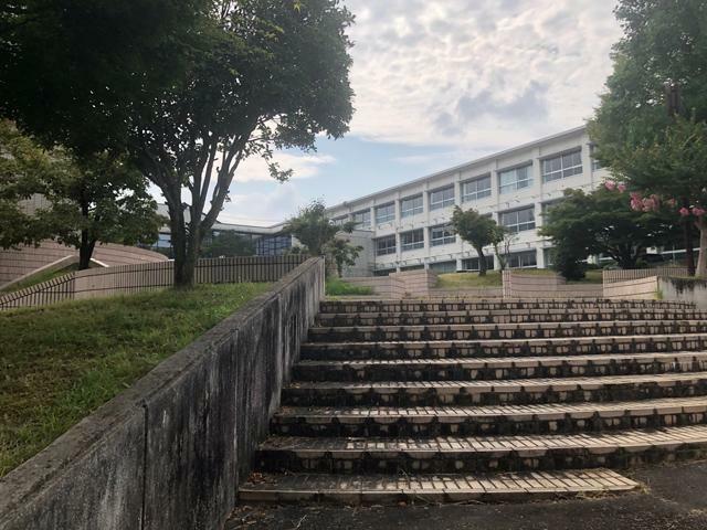 中学校 泉中学校 岐阜県土岐市泉町大富1635-1