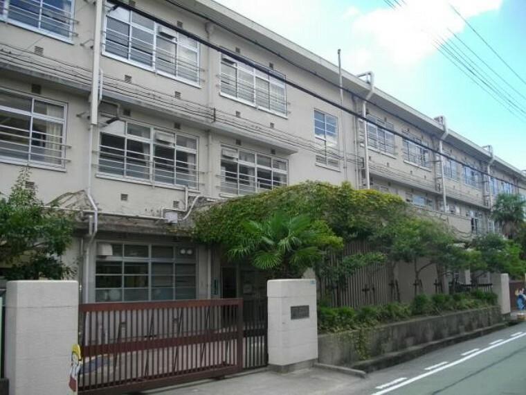 小学校 【小学校】西宮市立安井小学校まで877m