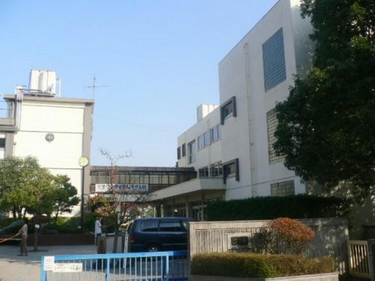 小学校 【小学校】蒲生小学校まで530m