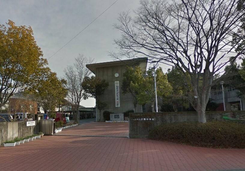 中学校 【中学校】伊野中学校まで1210m