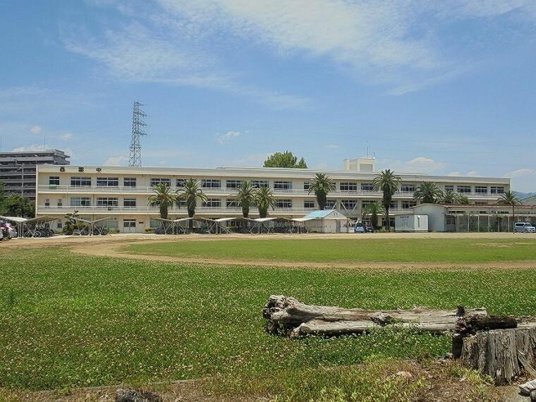 中学校 【中学校】西部中学校まで1585m
