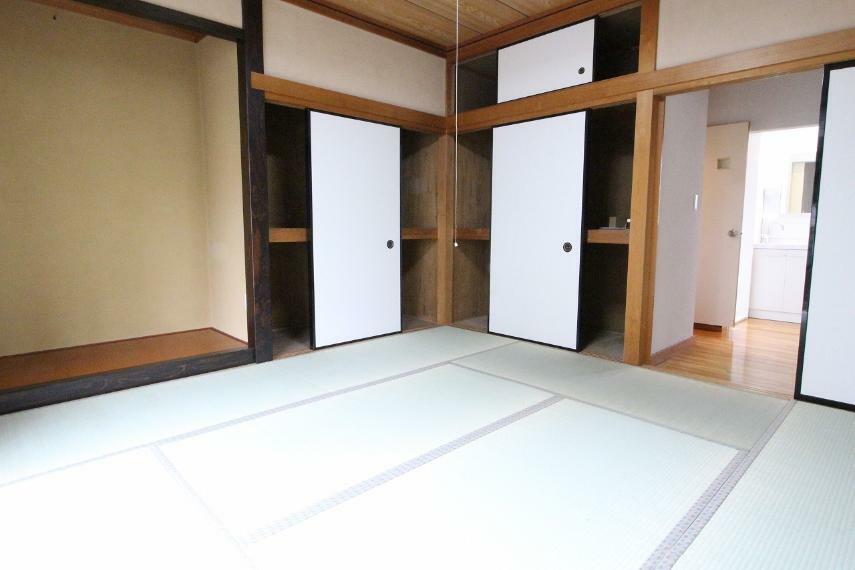 和室 1階和室、8畳です!広いです!