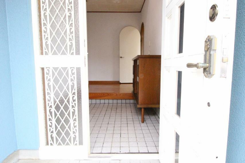 玄関 スペース広めの玄関です