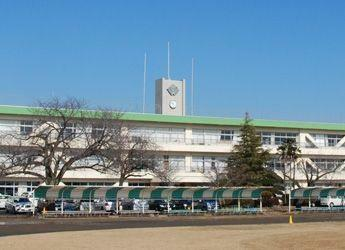 中学校 富里市立富里中学校 徒歩25分。