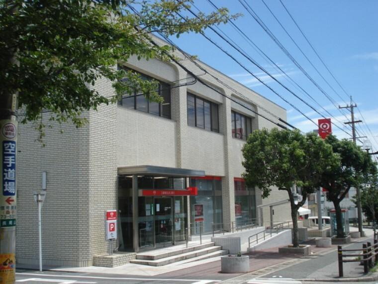 銀行 三菱UFJ銀行武豊支店