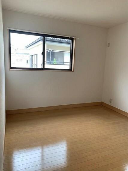 洋室:2階