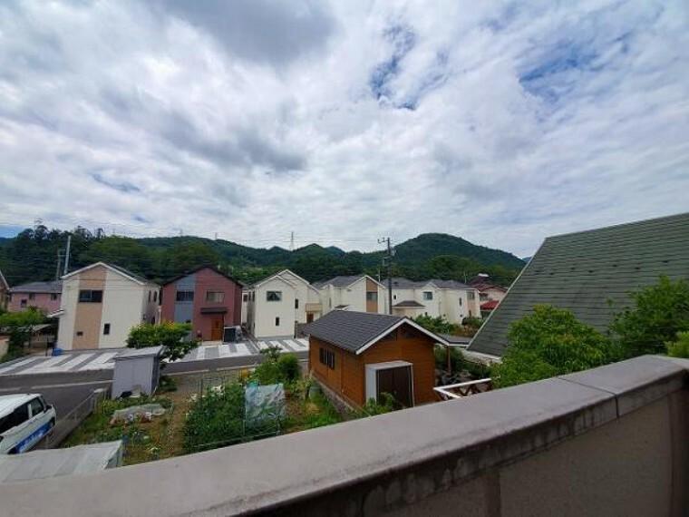 眺望 良好な住環境を守る、第一種低層住居専用地域に立地