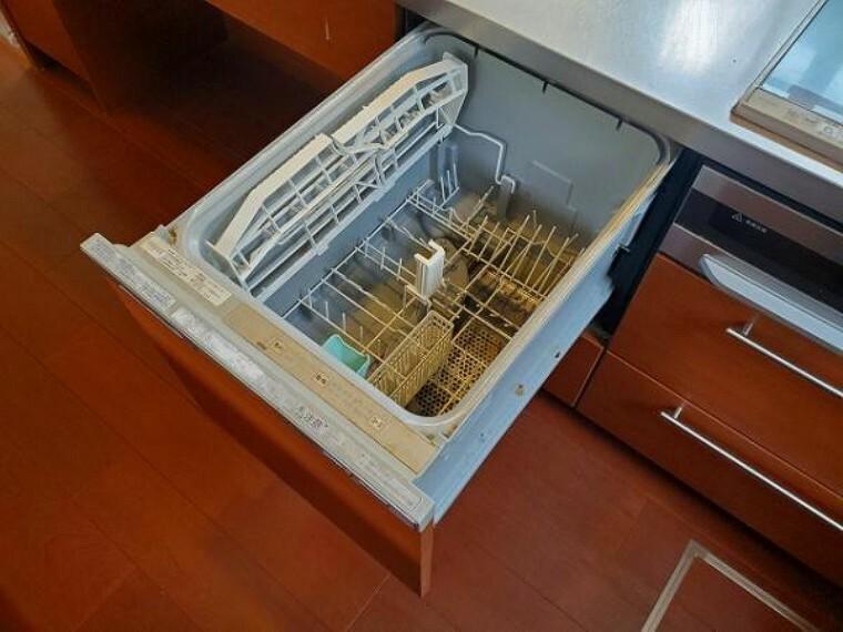 時短も節水もかなう食洗機付き