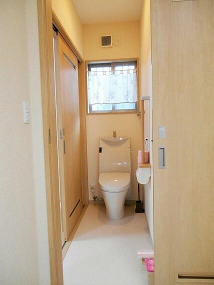 トイレ 別棟