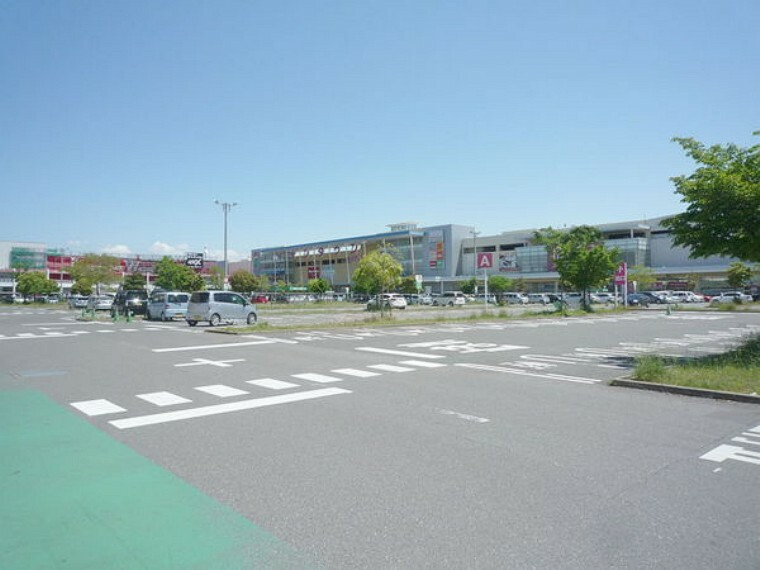 ショッピングセンター イオンタウン大垣