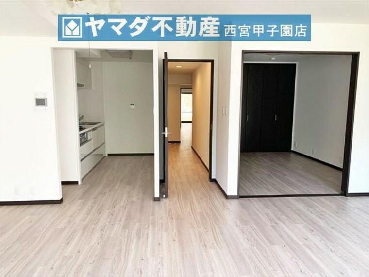 居間・リビング 2021年7月リフォーム済みのキレイな室内です。